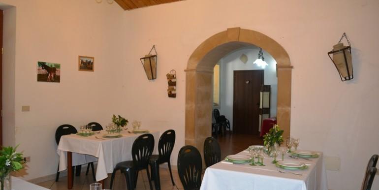 Azienda-agrituristica-a-Noto-sala2