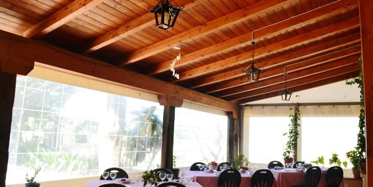 Azienda-agrituristica-a-Noto-veranda-coperta