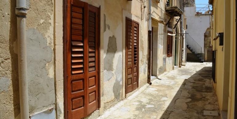 casa-a-Noto-all'ombra-della-Cattedrale-prospetto