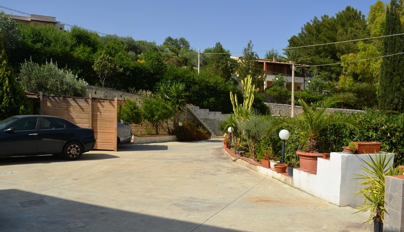 Villa-in-c.da-Serravento-a Noto-1