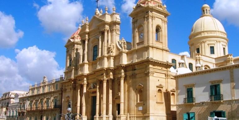 Noto Basilica di san Nicolò (1)
