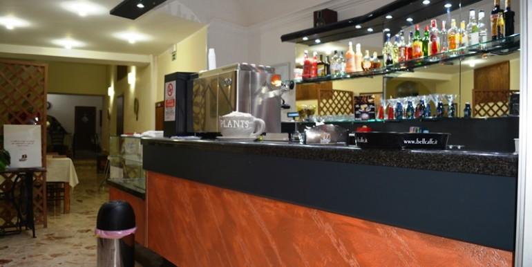 Pizzeria-Bar-in-vendita-a-Noto-bar