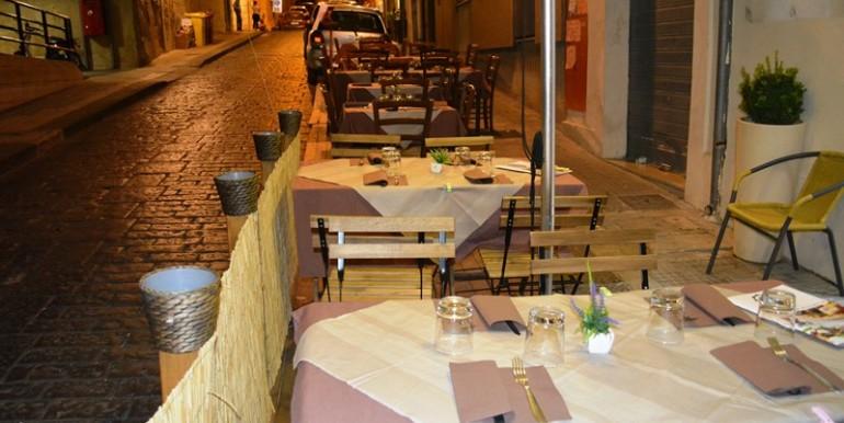 Pizzeria-Bar-in-vendita-a-Noto-esterno-1