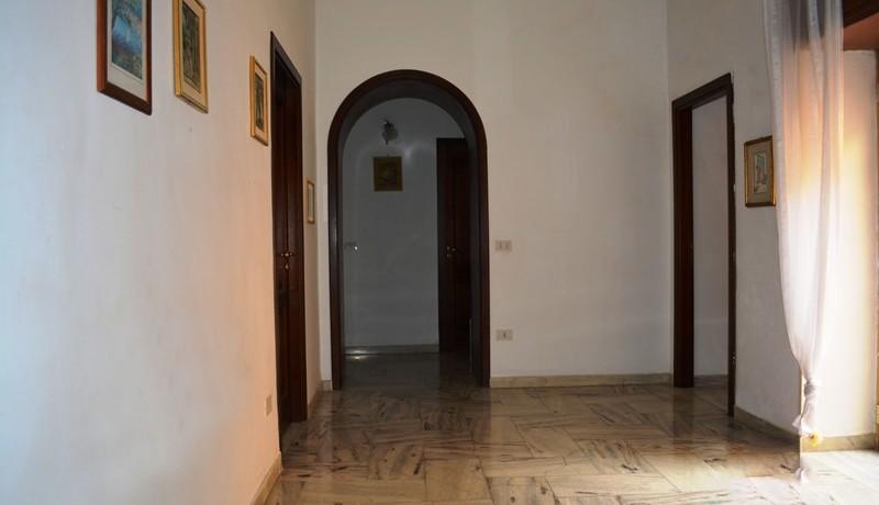 Prestigioso appartamento in locazione a Noto 4