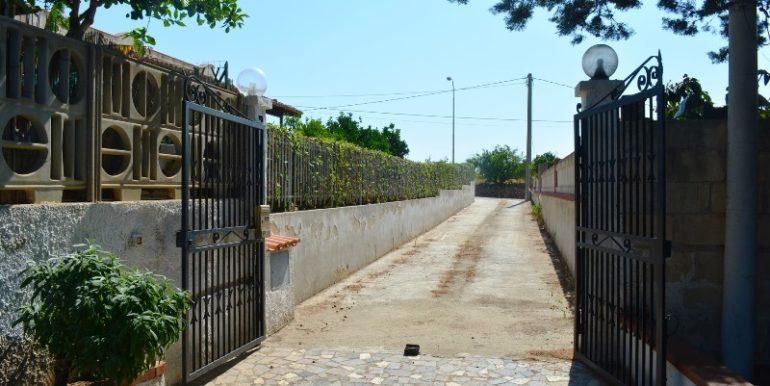 Accesso alla villa