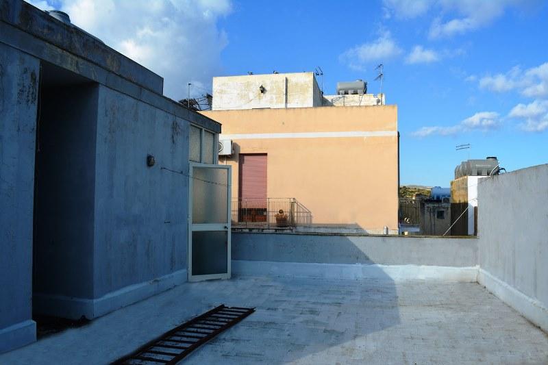 Casa con terrazzo in vendita a Noto