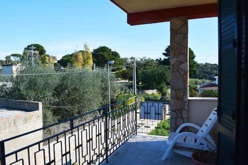 Panoramico  appartamento  in  vendita  a  Noto
